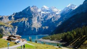 Lago Oeschinensee Oeschinen Imagem de Stock Royalty Free