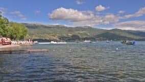 Lago Ohrid y las playas almacen de video