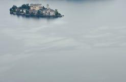Lago Orta, isla de San Julio Foto de archivo
