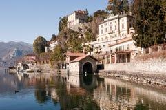 Lago Orta, paisaje italiano famoso. Fotos de archivo libres de regalías