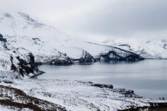 Lago Oskjuvatn a Askja, punto di riferimento centrale dell'Islanda fotografie stock