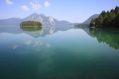 Lago pacífico Imagenes de archivo
