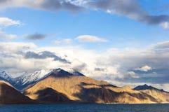 Lago Pangong, Ladakh, la India Imágenes de archivo libres de regalías
