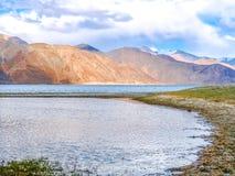Lago Pangong o TSO di Pangong, Ladakh, India fotografia stock libera da diritti
