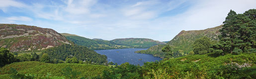 Lago, panorama da montanha Fotos de Stock Royalty Free