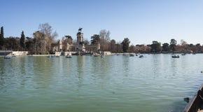 Lago park di Madrid Retiro Fotografia Stock Libera da Diritti