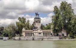 Lago Parque del retiro em madrid Imagens de Stock Royalty Free