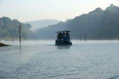 Lago, parque nacional de Periyar, Kerala, la India Fotos de archivo libres de regalías