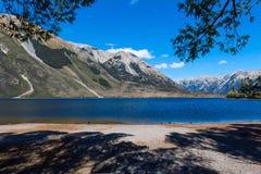 Lago Pearson/reserva de Moana Rua situada en Craigieburn Forest Park en la región de Cantorbery, isla del sur de Nueva Zelanda Imagenes de archivo
