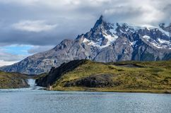 Lago Pehoe和托里斯del潘恩国家公园在智利,巴塔哥尼亚 免版税库存图片
