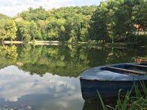 Lago pequeno Fotos de Stock Royalty Free