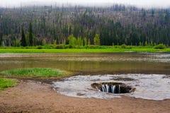 Lago perso Lava Tube Drain nell'Oregon centrale fotografia stock libera da diritti