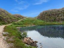 Lago perto da vila de Teriberka Fotografia de Stock Royalty Free