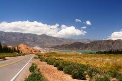 Lago perto de Andes em Argentina Fotos de Stock