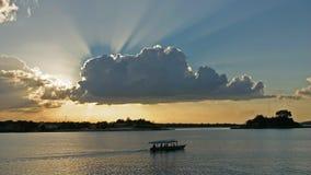 Lago peten itza nära islaen de flores Guatemala arkivbilder