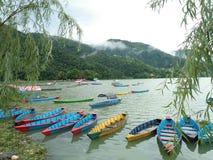 Lago Phewa, Pokhara Imagen de archivo libre de regalías