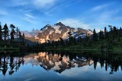 Lago picture Fotografía de archivo