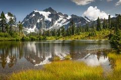 Lago picture, Mt Bosque del Estado del panadero-Snoqualmie fotos de archivo libres de regalías
