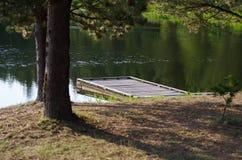 Lago pier Reaching Into Refreshing Summer Imágenes de archivo libres de regalías