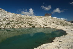 Lago Pisciadu mountain imagen de archivo libre de regalías