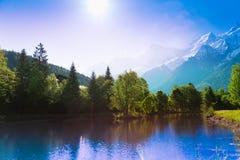 Lago pittoresco di paesaggio a Chamonix-Mont-Blanc, Francia Fotografia Stock Libera da Diritti