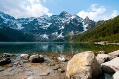 Lago polacco Morskie Oko delle montagne di Tatra Immagine Stock