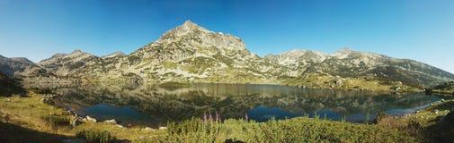 Lago Popovo no parque nacional de Pirin, Bulgária Fotos de Stock