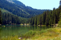 Lago Poursollet nelle alpi francesi Fotografia Stock Libera da Diritti