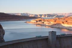 Lago Powell e represa da garganta do vale Imagem de Stock
