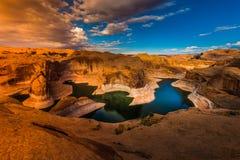 Lago Powell Utah canyon di riflessione Fotografia Stock
