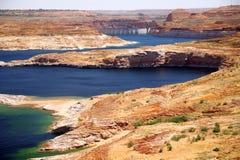 Lago Powell vicino alla diga del canyon della valletta Fotografia Stock