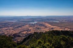 Lago Powell visto da cimeira do Mt ellsworth Henry Mountains, deserto de Utá foto de stock royalty free