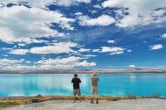 Lago Pukaki cerca de Twizel en el cocinero National Park del Mt en la isla del sur, Nueva Zelanda foto de archivo