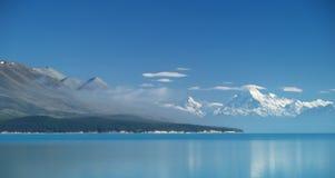Lago Pukaki e cuoco del supporto Immagini Stock