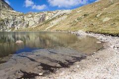 Lago in Pyrenees Fotografia Stock Libera da Diritti