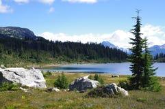 Lago rainbow Fotografía de archivo libre de regalías