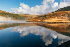 Lago Reino Unido reflection Fotos de Stock Royalty Free