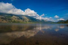 Lago Relfection mountain Imagem de Stock