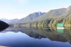 Lago reservoir de Capilano Imagen de archivo libre de regalías