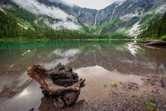 Lago resistido avalanche do início de uma sessão fotografia de stock