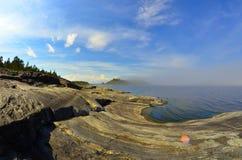 Lago roccioso Fotografia Stock Libera da Diritti