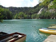 Lago rock Imagens de Stock