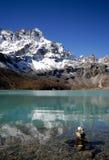 Lago sagrado Gokyo Imagem de Stock Royalty Free