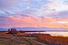 Lago saint Nazaire de Canet perto do plage de Canet, Perpignan, France Imagem de Stock Royalty Free