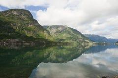 Lago Sandvevatnet mountain Fotografia Stock Libera da Diritti
