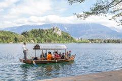 Lago sangrado em Eslovênia, primavera de 2015 Foto de Stock Royalty Free