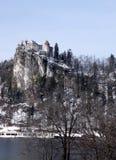 Lago sanguinato, alpi ed il castello sanguinato, Slovenia Immagine Stock
