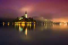 Lago sanguinato nell'inverno, Slovenia Fotografie Stock Libere da Diritti