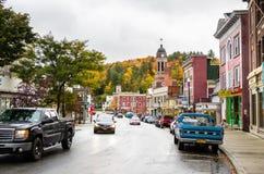 Lago Saranac, NY, un giorno nuvoloso dell'autunno Immagini Stock