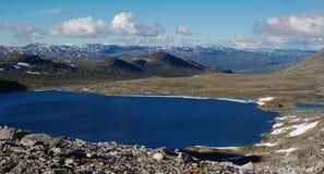 Lago in Scandinavia fotografia stock